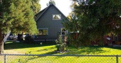 Cave Junction Single Family Home For Sale: 304 S Caves Avenue