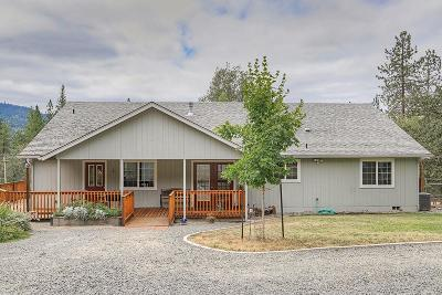 Rogue River OR Single Family Home For Sale: $425,000