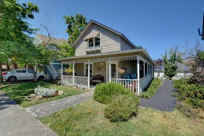 Ashland OR Single Family Home For Sale: $480,000