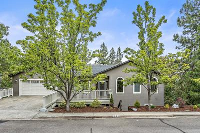 Ashland OR Single Family Home For Sale: $850,000