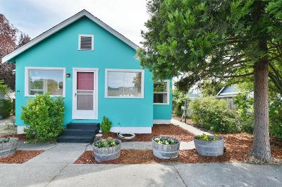 Grants Pass OR Single Family Home For Sale: $225,000