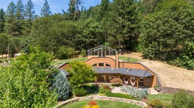 Rogue River OR Single Family Home For Sale: $1,355,000