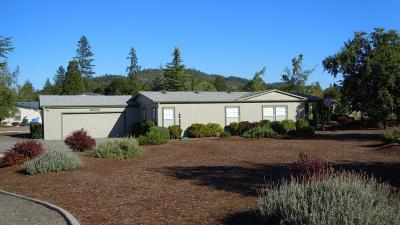 Jackson County, Josephine County Single Family Home For Sale: 300 Whitetail Lane