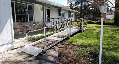 Medford Single Family Home For Sale: 1400 N Keene Way Drive