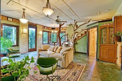 Ashland Single Family Home For Sale: 809 Garden Way