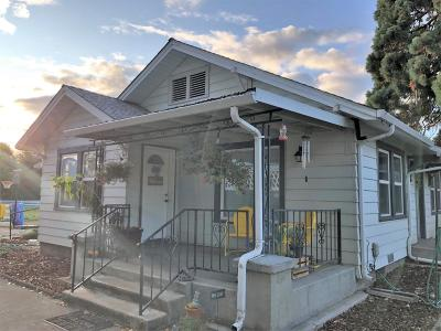 Central Point Single Family Home For Sale: 3610 Grant Road