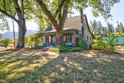 Grants Pass Single Family Home For Sale: 973 SE N Street