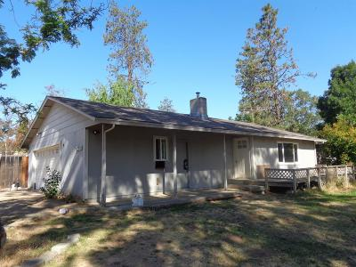 Central Point Single Family Home For Sale: 3400 Sams Valley Highway