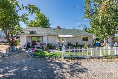 Ashland Single Family Home For Sale: 728 W Valley View Road