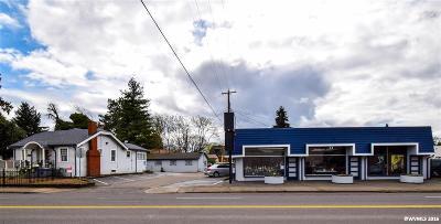 Salem Commercial Active Under Contract: 1020 Market (-1040, 1142) St