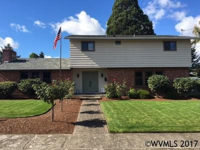 Monmouth Single Family Home Active Under Contract: 426 Sacre Ln
