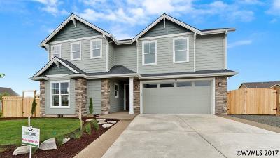 Dallas Single Family Home Active Under Contract: 795 Cooper