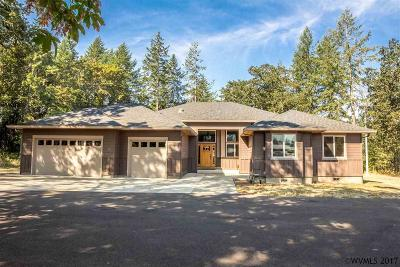 Scio Single Family Home For Sale: 38901 S Ruby Lp