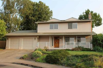 Keizer Single Family Home For Sale: 6834 Rock Ledge