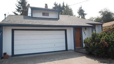 Monmouth Single Family Home For Sale: 1087 Clay