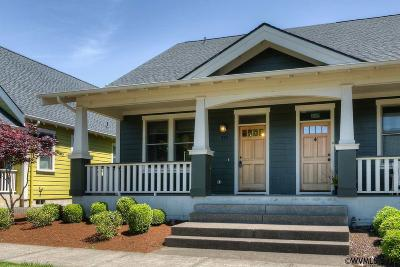 Monmouth Single Family Home For Sale: 745 Sunnycroft