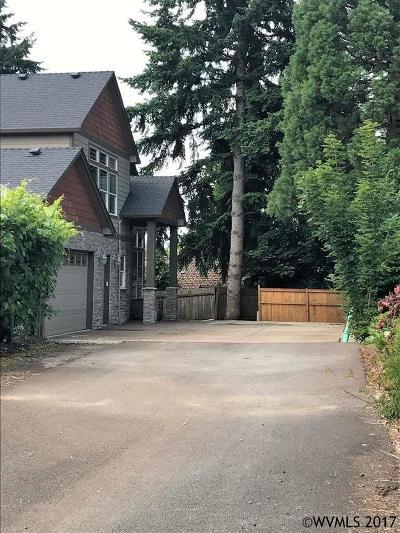 Salem Single Family Home For Sale: 885 Jackwood