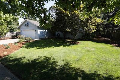 Salem Single Family Home For Sale: 2386 Wintergreen