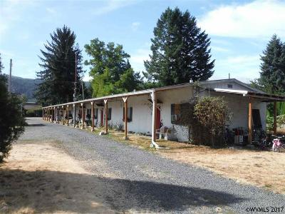 Lyons Multi Family Home For Sale: 2013 Main (- 2015 & 2017) St
