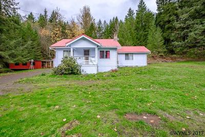 Mill City Single Family Home For Sale: 30819 North Santiam Hwy