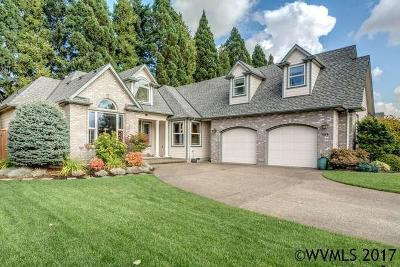 Keizer Single Family Home For Sale: 689 Crystal Springs Ln