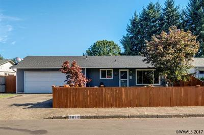 Keizer Single Family Home Active Under Contract: 3810 Brooks Av
