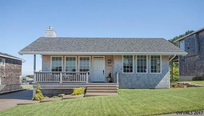 Lincoln City Single Family Home For Sale: 1905 NE 68th St