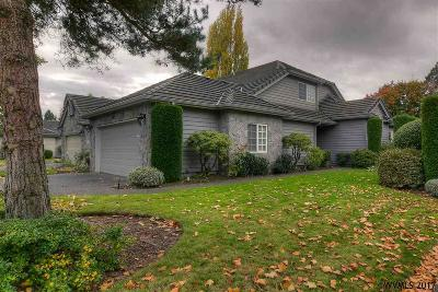 Keizer Single Family Home For Sale: 743 Castle Pines Dr