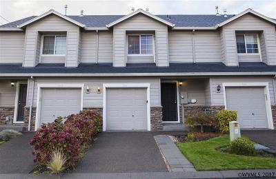 Canby Condo/Townhouse Active Under Contract: 967 NW 3rd Av