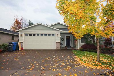 Keizer Single Family Home Active Under Contract: 1422 Danielle Ln