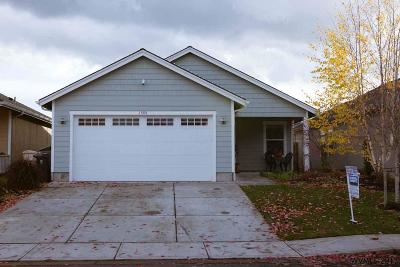 Dallas Single Family Home For Sale: 1505 SE Jonathan Av