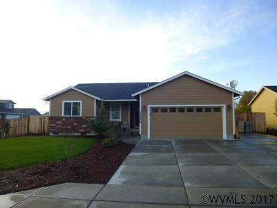 Scio Single Family Home Active Under Contract: 38650 SW Elderberry St