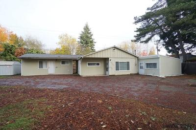 Keizer Single Family Home For Sale: 1731 Wildwood Pl