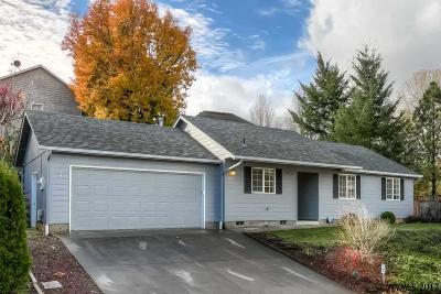 Salem Single Family Home For Sale: 2876 Johan Ct