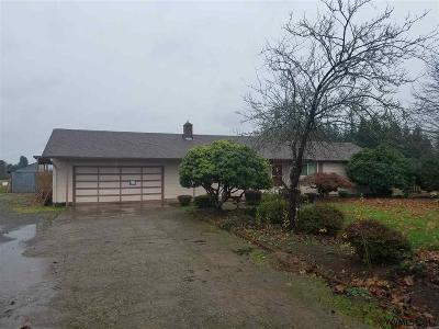 Aumsville Single Family Home Active Under Contract: 5238 Dumore Dr