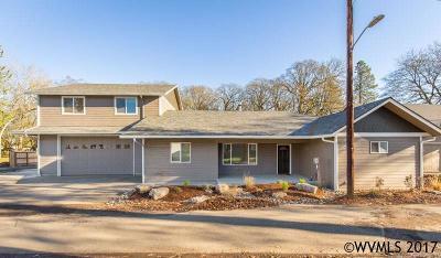 Salem Single Family Home For Sale: 9216 Grace Av