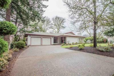 Salem Single Family Home For Sale: 532 Stagecoach Wy