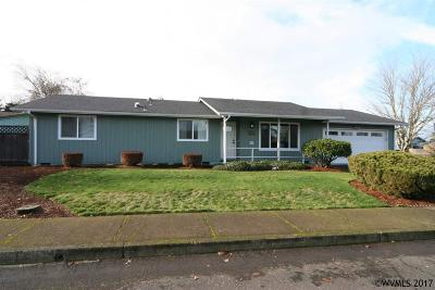 Keizer Single Family Home Active Under Contract: 5447 Steven Ct