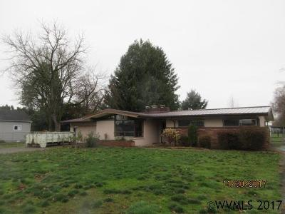 Salem Single Family Home For Sale: 4095 Macleay Rd