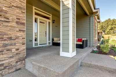 Salem Single Family Home For Sale: 1647 Bartlett Hill Rd