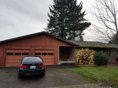 Keizer Single Family Home Active Under Contract: 4450 Shoreline Dr