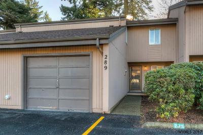 Keizer Condo/Townhouse For Sale: 289 McNary Heights Dr