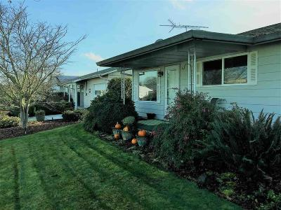 Woodburn Single Family Home For Sale: 2250 W Santiam Dr