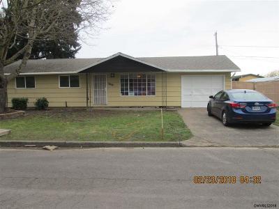 Salem Single Family Home For Sale: 3637 Anita Dr