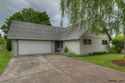 Keizer Single Family Home For Sale: 1382 Dearborn Av