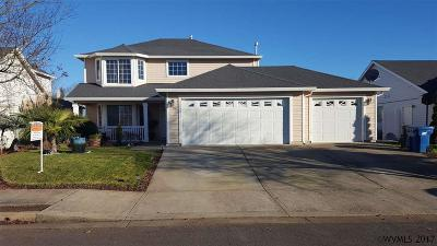 Woodburn Single Family Home For Sale: 312 Baylor Dr