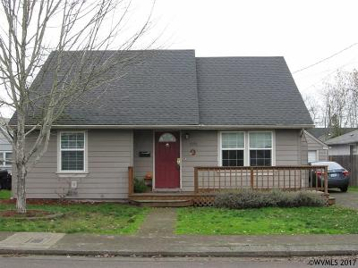 Albany Single Family Home Active Under Contract: 1555 Takena St