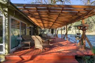 Lyons Single Family Home For Sale: 45831 Oak St