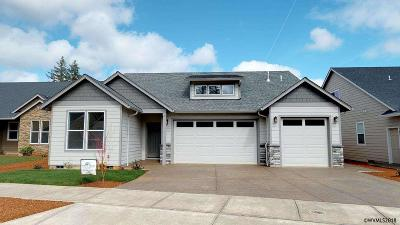 Salem OR Single Family Home For Sale: $434,900