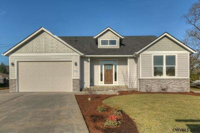 Turner Single Family Home For Sale: 7595 9th Ct
